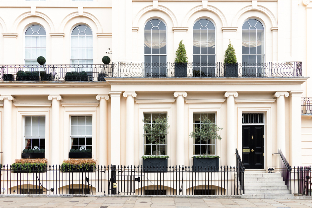 Exterior architecture of classic Georgian building in the streets of London